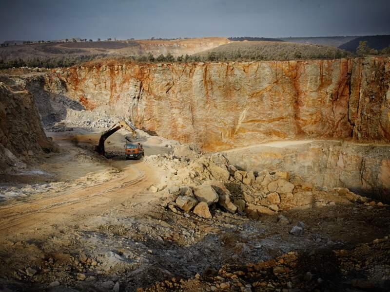 Les carrières des bois de Benslimane, une alternative contestée au sable extrait des plages