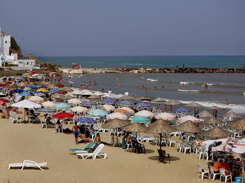 Sur les plages marocaines, les résidences de vacances bouleversent le paysage