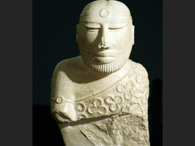 Statue du roi prêtre, trouvée sur le site de Mohenjo-Daro, au Pakistan