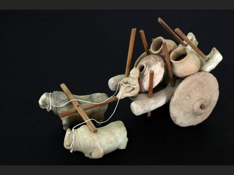 Vestige en terre cuite, retrouvé sur le site de Mohenjo-Daro, au Pakistan