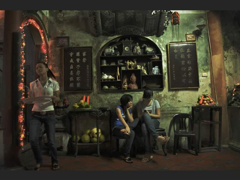 Le Phô Cô, un bar branché, fréquenté par les étudiants, à Hanoi, au Vietnam.