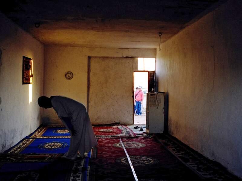 Cette mosquée d'un cortijo où vivent 50 Marocains, aurait été saccagée par des agents de police.
