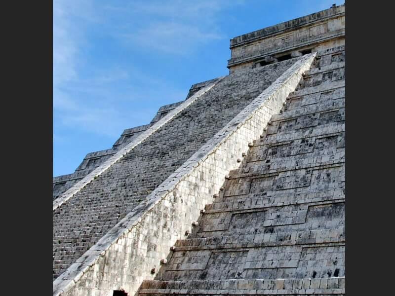 El Castillo sur le site de Chichén Itzá dans le Yucatán, au Mexique