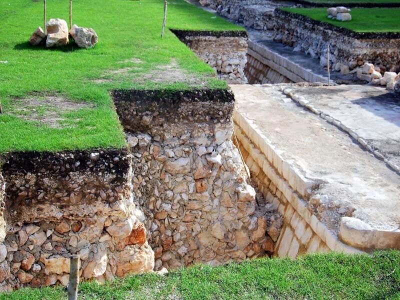 Fouilles sur le site de Chichén Itzá dans le Yucatán, au Mexique