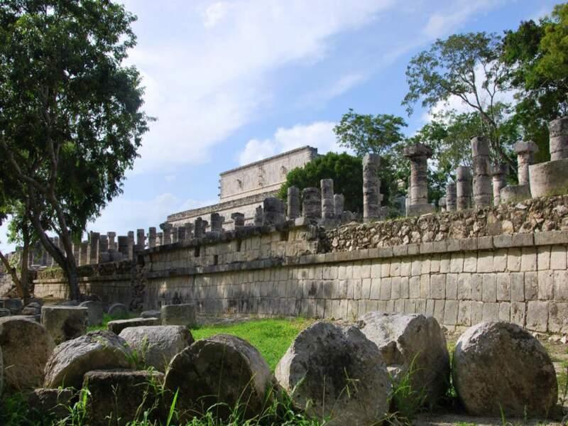 Le temple aux mille colonnes dans le site de Chichén Itzá dans le Yucatán, au Mexique