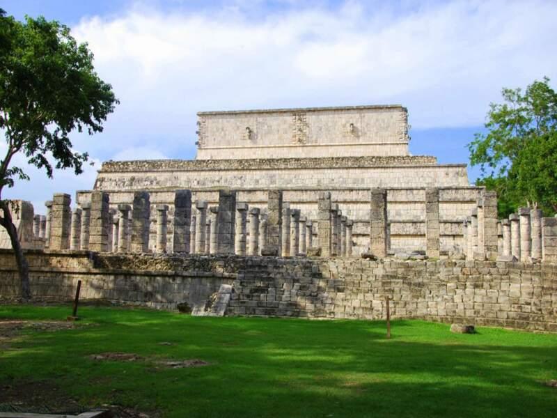 Le temple des guerriers du Jaguar sur le site de Chichén Itzá dans le Yucatán, au Mexique