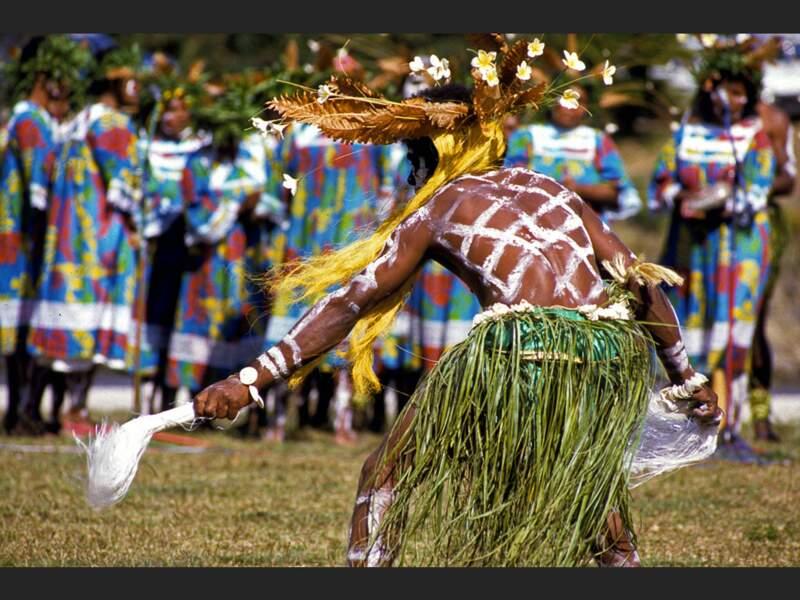 Démonstration de danse kanak sur l'île des Pins, en Nouvelle-Calédonie.