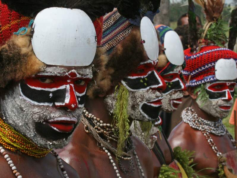 Guerriers Bee Pee à Mount Hagen, Papouasie-Nouvelle-Guinée