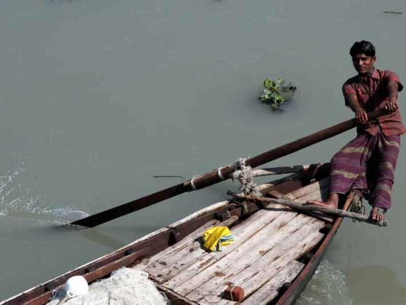 A bord du Rocket Steamer, un bateau à aubes qui relie Khulna et Dacca, au Bangladesh.