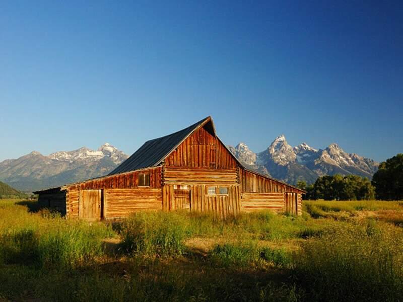 Une célèbre grange, dans le parc national de Grand Teton (Wyoming, Etats-Unis).