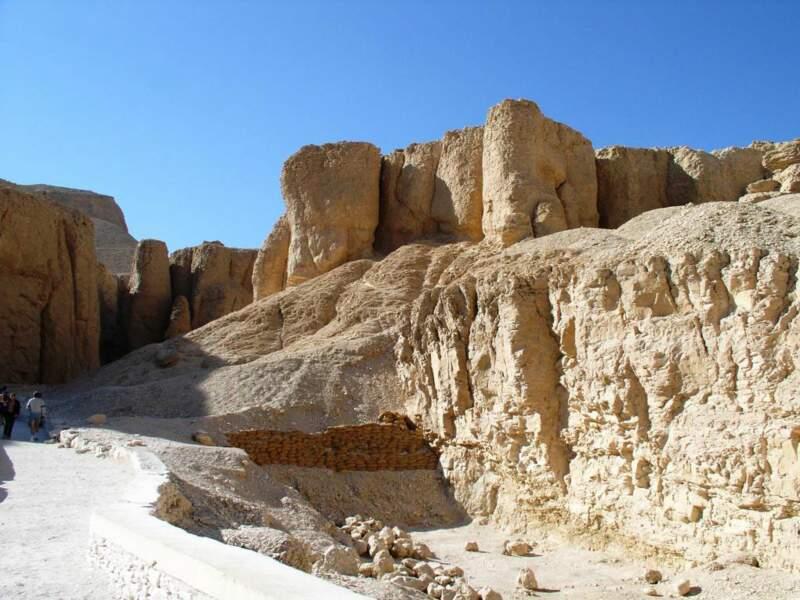 Le fond de la Vallée des rois, située sur la rive occidentale du Nil, près de Louxor, en Egypte.