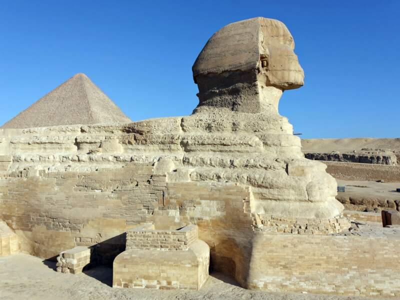 Le Sphinx et la pyramide de Khéops