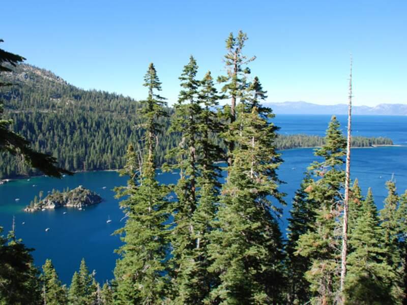 L'Emerald Bay est l'un des plus beaux coins du lac Tahoe