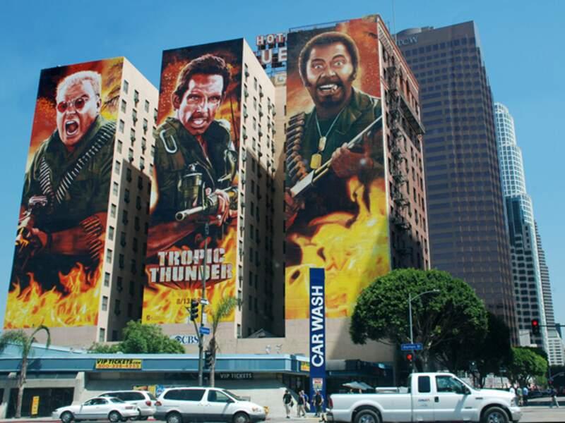 A Downtown Los Angeles, même les gratte-ciels peuvent servir de support publicitaire.