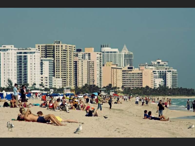 Journée d'hiver ensoleillée à Miami Beach, en Floride, aux Etats-Unis.