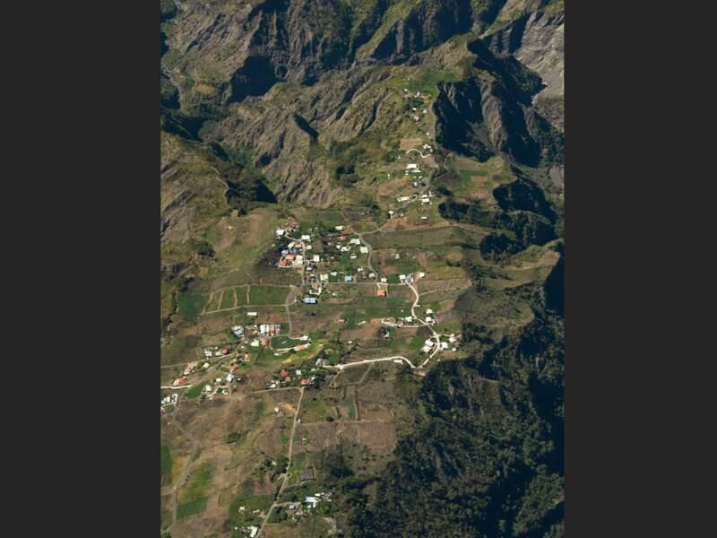 L'îlet à Cordes dans le cirque de Cilaos, sur l'île de La Réunion