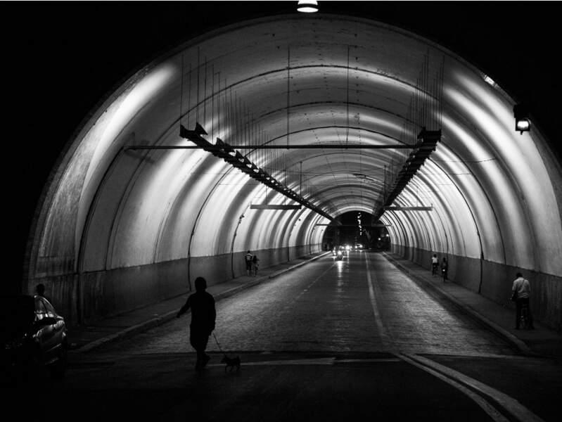 Le tunnel Umberto I, à Rome, en Italie.