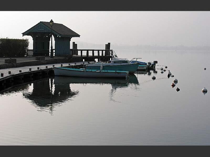 Talloires est un des villages les plus pittoresques de la région du lac d'Annecy (Rhône-Alpes, France).