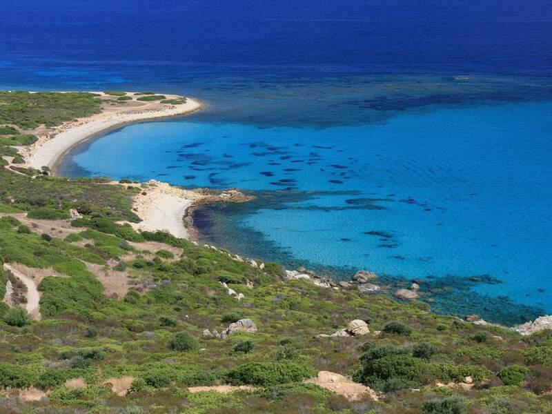 La plage de Punta Proceddus, en Sardaigne, en Italie.