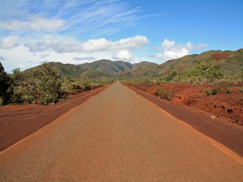 La route de Yaté, sur Grande Terre, en Nouvelle-Calédonie
