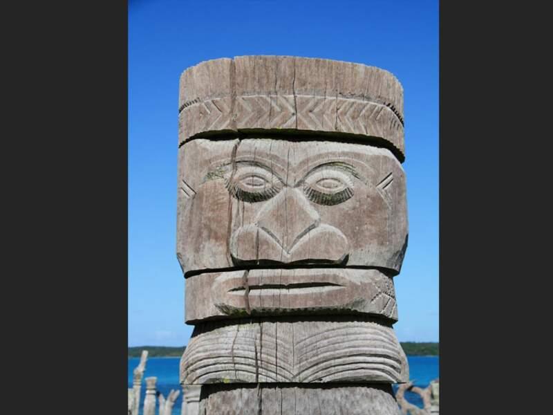 Le totem de la baie de Saint-Maurice, sur l'île des Pins en Nouvelle-Calédonie