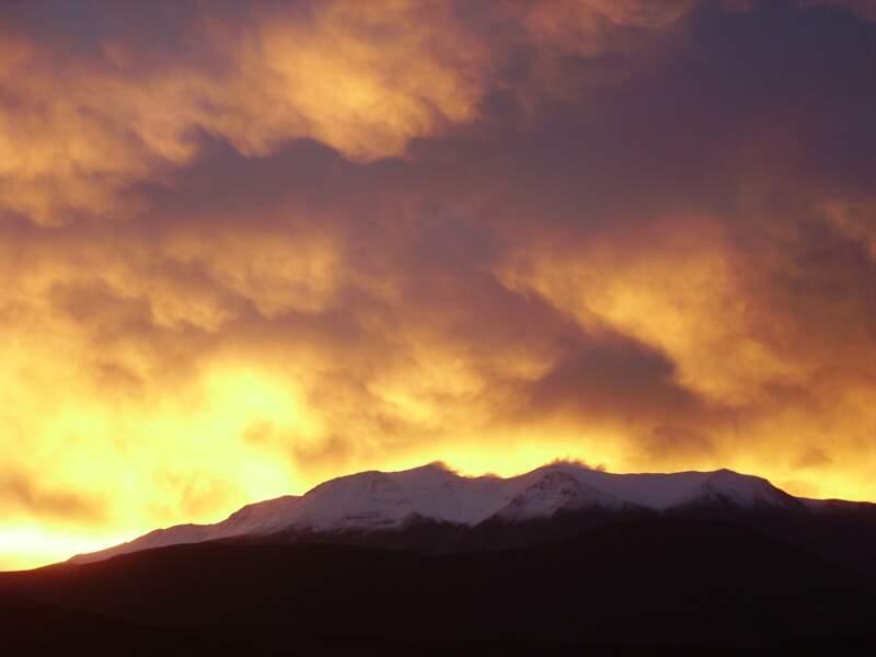 Éblouissante Cordillère des Andes, entre paradis et enfer.