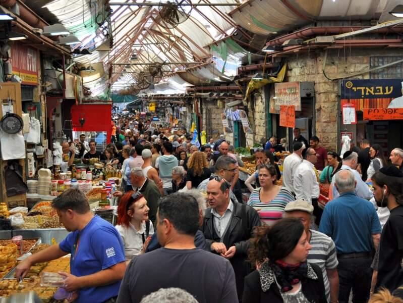 Le marché de Mahane Yéhouda, à Jérusalem, en Israël.