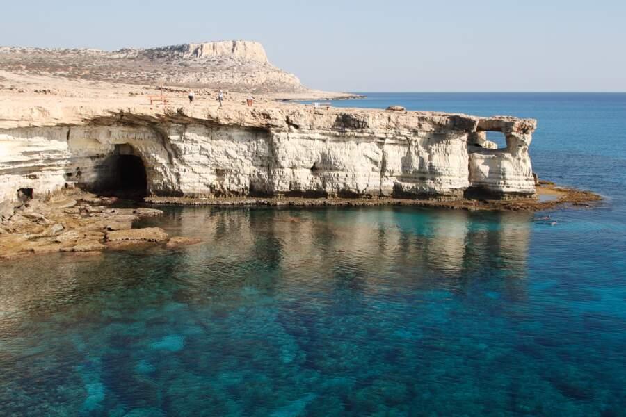 """Les """"Sea Caves"""" dans la région d'Ayia Napa"""