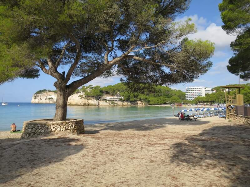 La plage de Cala Galdana, à Minorque