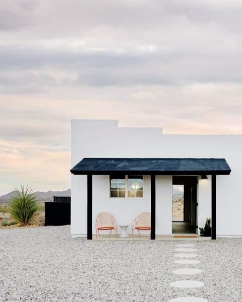 Une maison californienne en plein désert