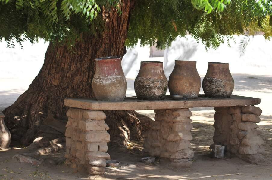 Exposition de poteries