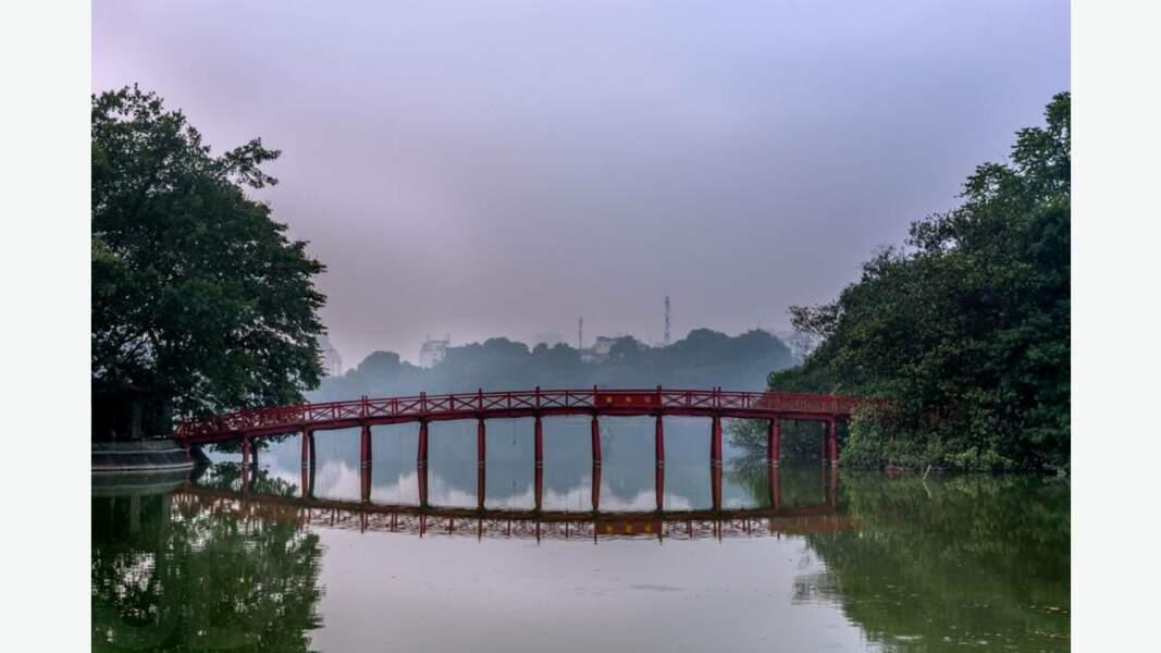 Le pont Thê Húc