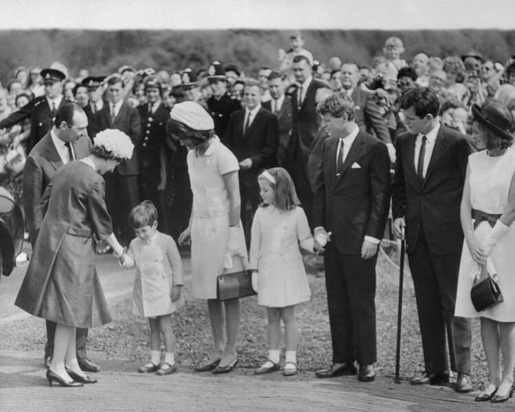 1961 : avec les Kennedy, la guerre du style