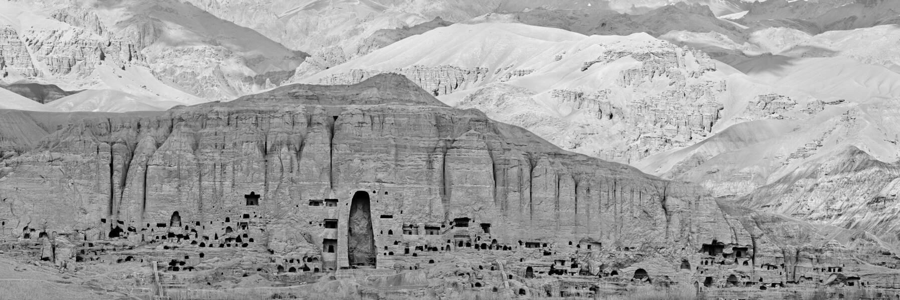 Extrait panoramique de la falaise de Bâmiyân