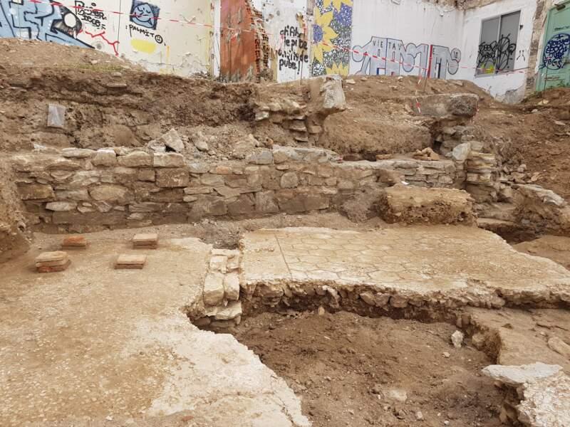 Deux pièces d'une domus datée des Ier/IIe siècles de notre ère