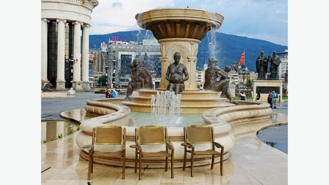 Fontaine des Mères de Macédoine
