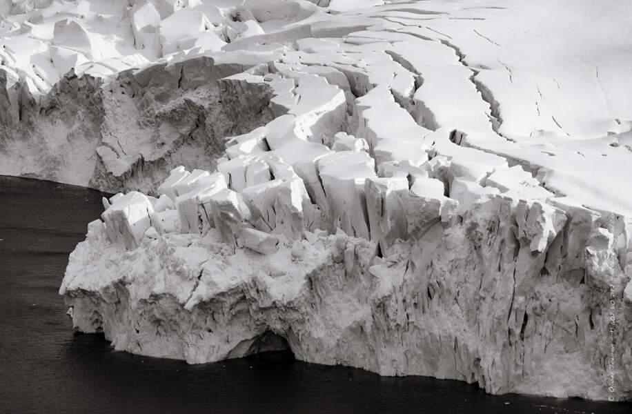 Les grondements du glacier