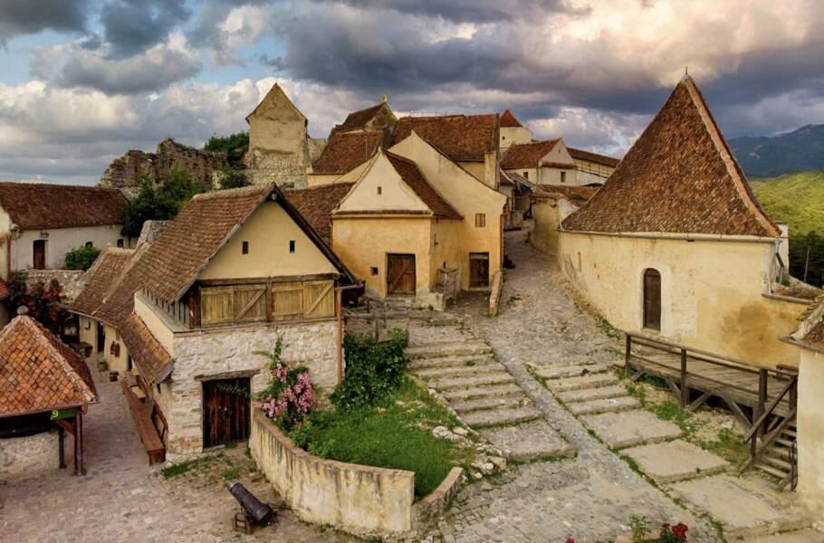 Les citadelles des chevaliers teutoniques ont gardé leur cachet médiéval