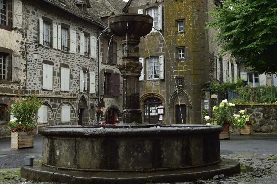 7e - Salers dans le Cantal