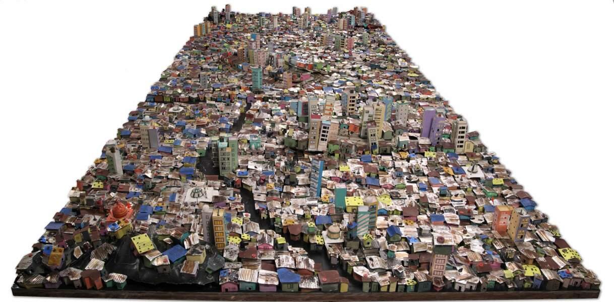 Mute Migration, 2008, un quartier de Mumbay reconstitué en déchets