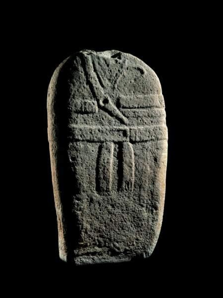 """Statue-menhir masculine dite de """"Pousthomy 2"""", 3000-2000 av. J.-C."""