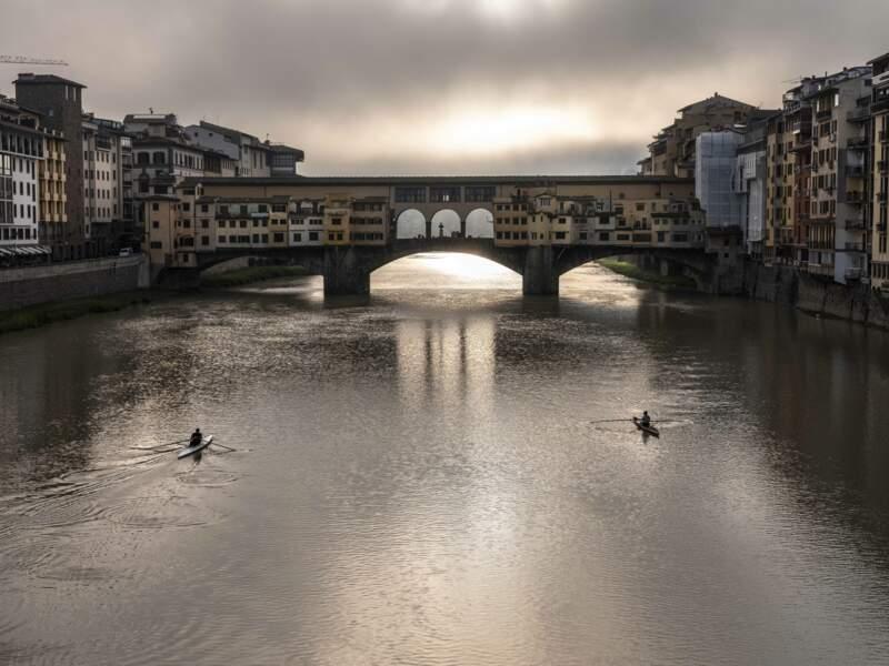 Le Ponte Vecchio au soleil levant