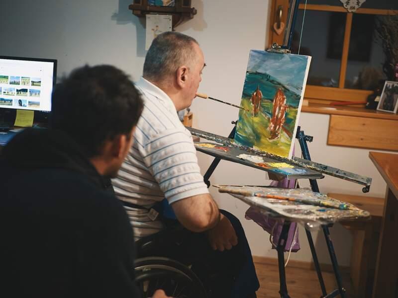 L'artiste qui peignait avec sa bouche