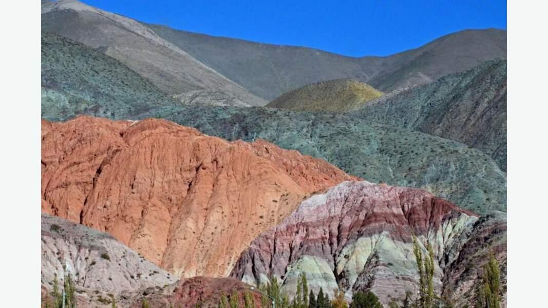 La colline aux 7 couleurs de Purmamarca