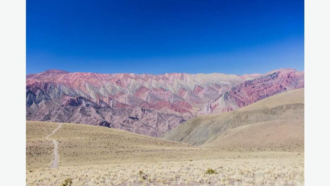 """La """"montagne aux 14 couleurs"""""""