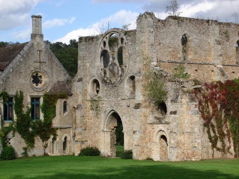 Cernay la Ville et son abbaye