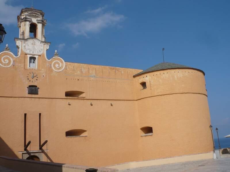 Le Palais des Gouverneurs dans la citadelle de Bastia (Corse)
