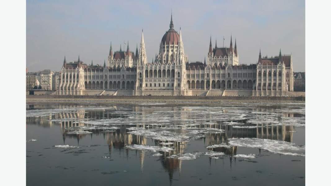 Reflets glacés, Hongrie