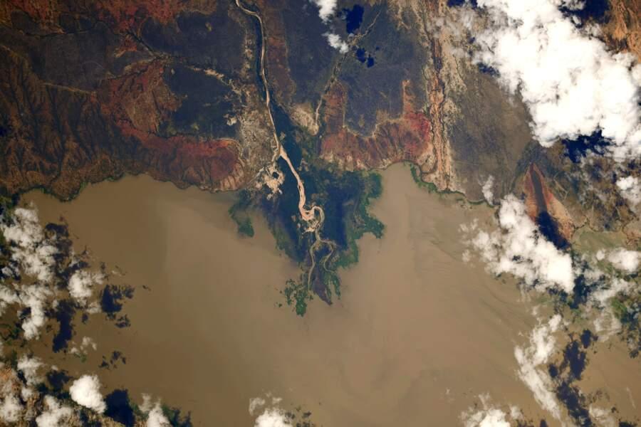 Le lac Mtera en Tanzanie