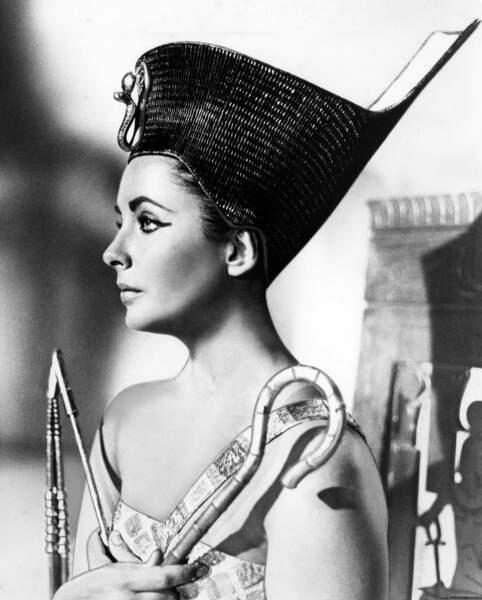 Elizabeth Taylor, la plus célèbre de toutes les interprètes de Cléopâtre